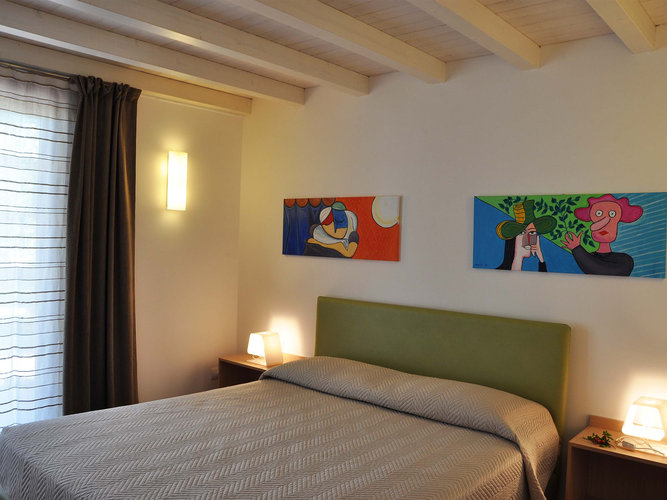 Khirat-Menfi-bedroom-12
