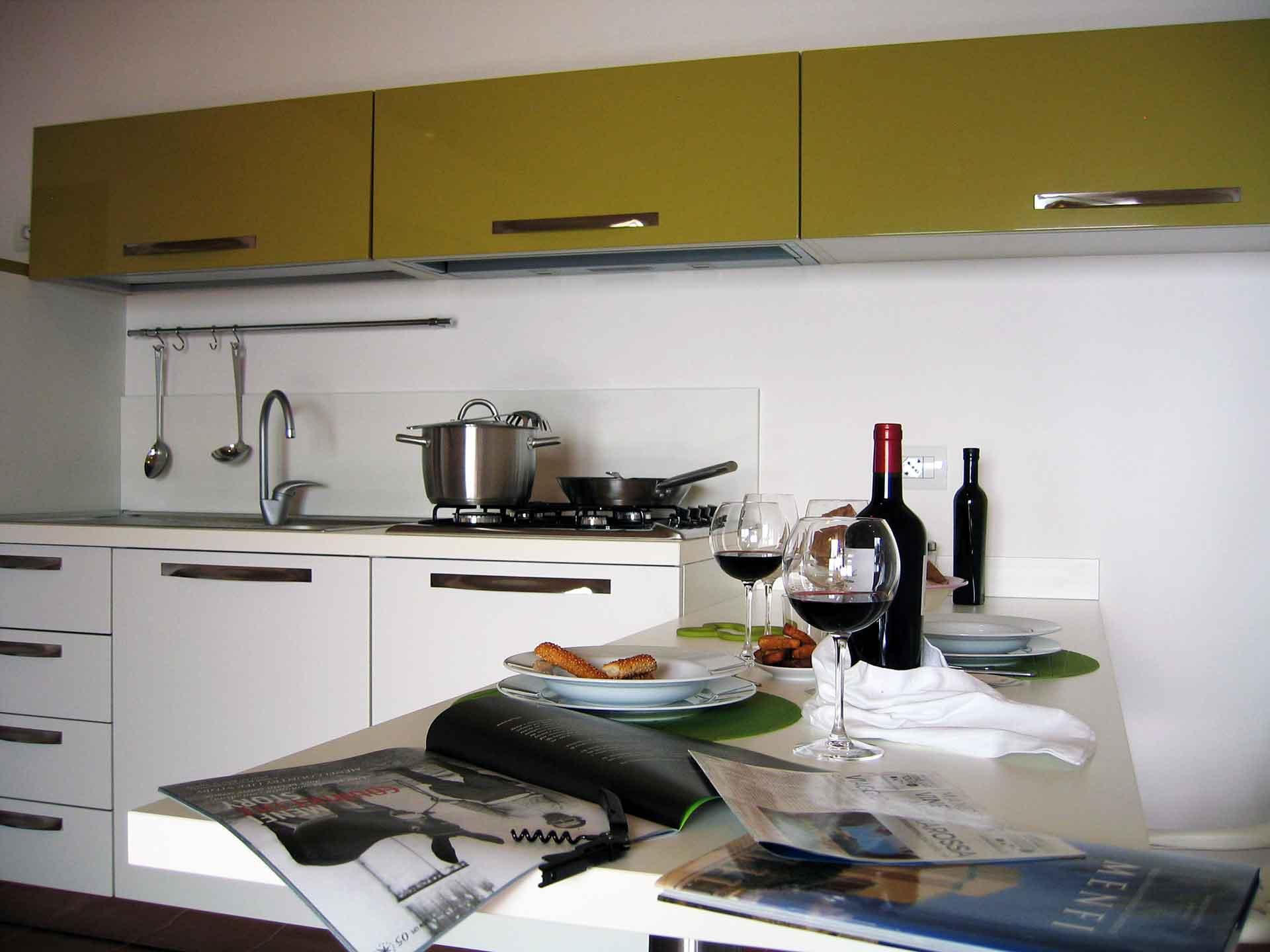 Khirat Menfi vacation rentals | kitchen