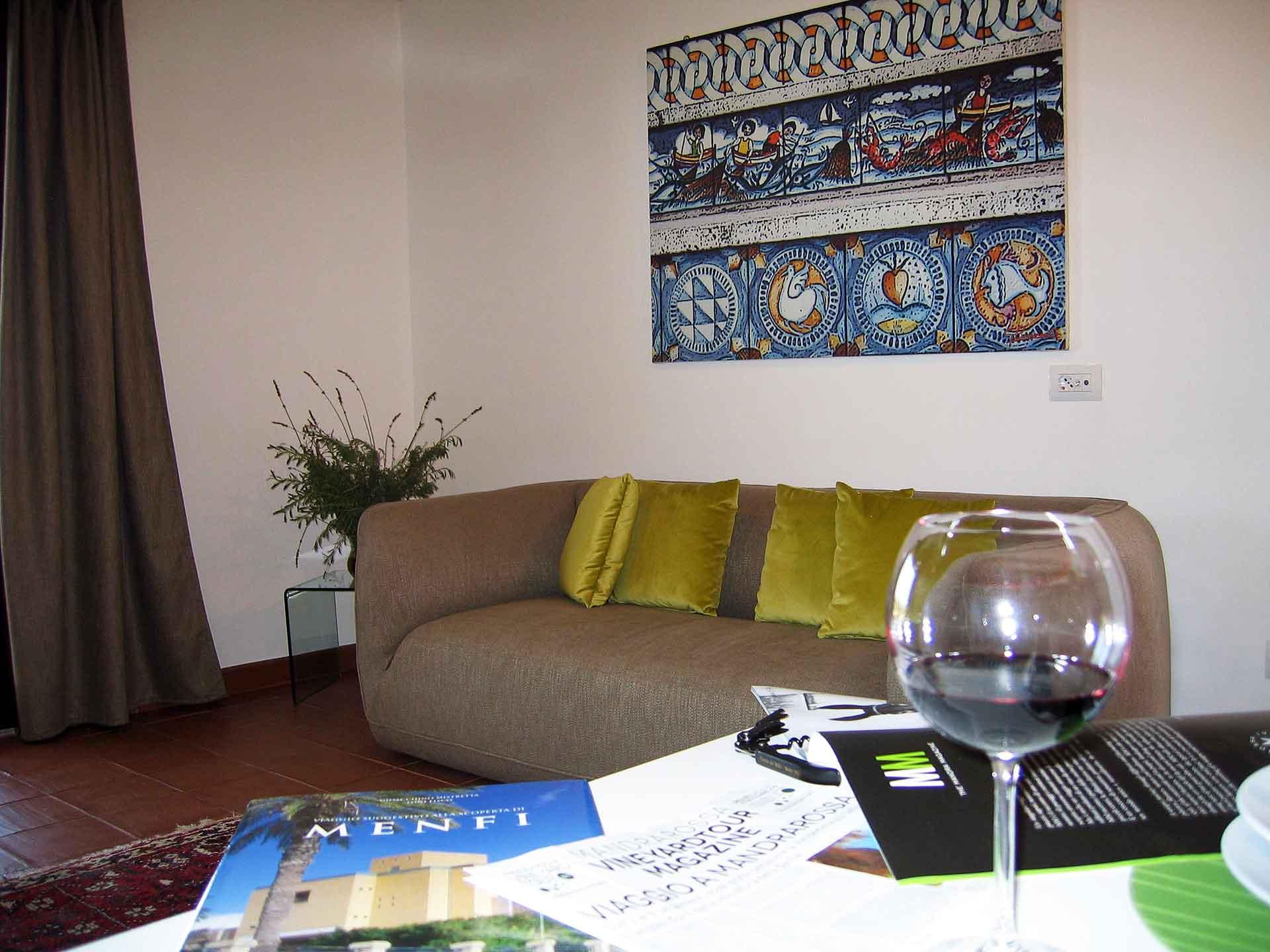 Khirat Menfi vacation rentals | living room