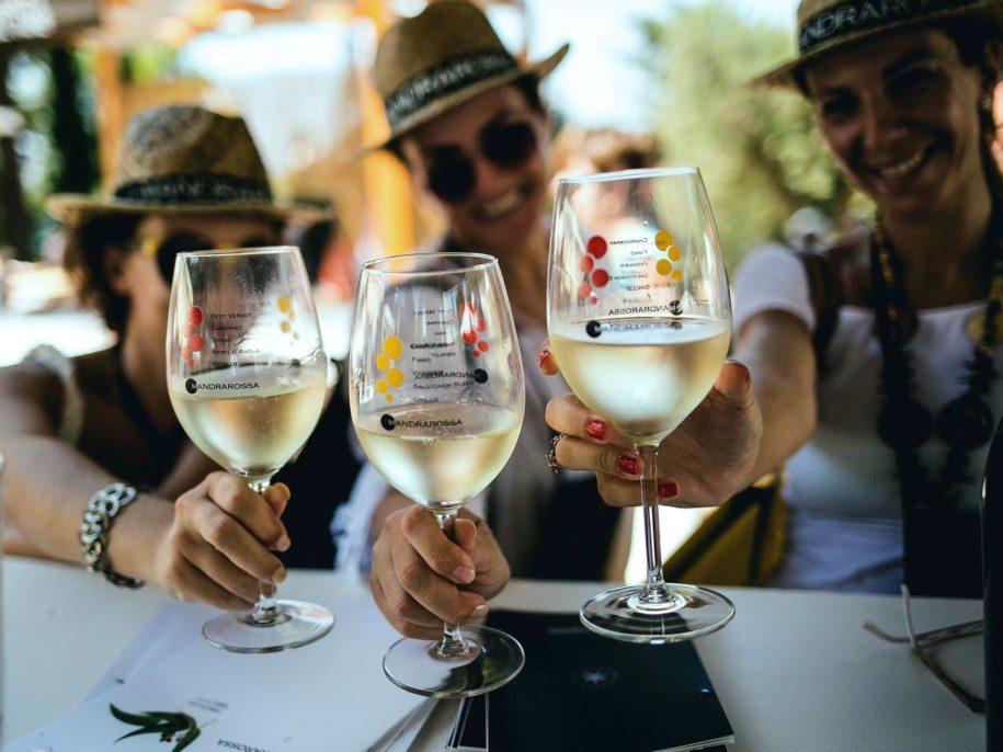 MANDRAROSSA VINEYARD TOUR a MENFI 7 8 Settembre 2019. Weekend enogastronomico tra le vigne in vendemmia, vino, cibo, mare e cucina contadina siciliana