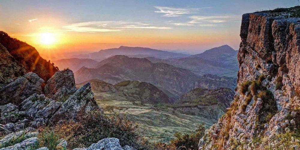 MONTI di PALAZZO ADRIANO e VALLE del SOSIO<br> La Riserva Naturale Orientata